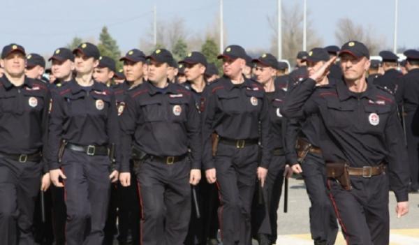 Около тысячи полицейских будут следить запорядком вДень города вВолгограде