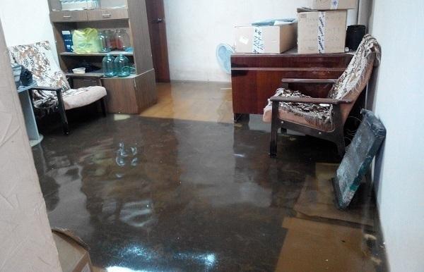 Жительница Волгограда: «Водоканал» устроил потоп в подвале моего дома