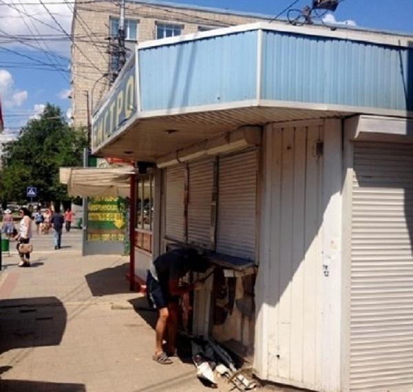 Торговые павильоны продолжают сносить в Ворошиловском районе Волгограда