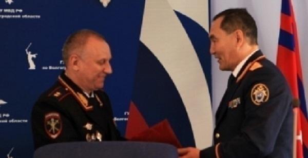 Начальник Главка Волгоградской области получил медаль «За содействие»