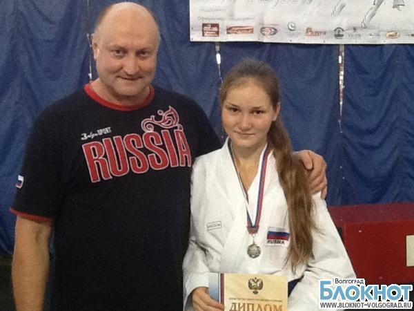 Спортсменка из Волгоградской области серебряный призер чемпионата России по каратэ