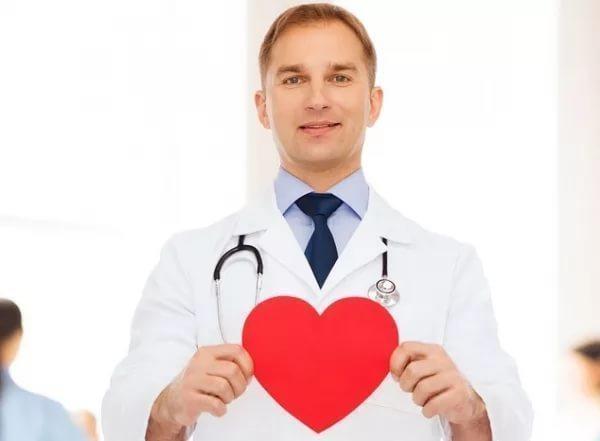 В Волгограде врачи осмотрят «сердечников» в торговых центрах