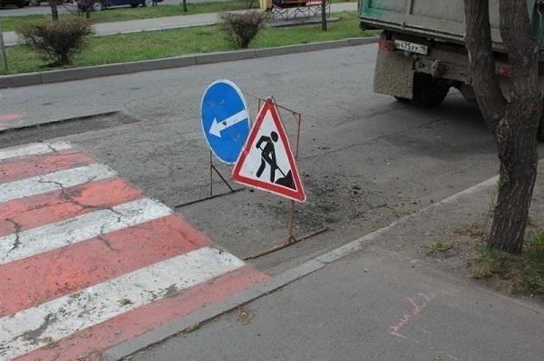 Юг Волгограда с утра встал в пробку из-за аварии и дорожных работ
