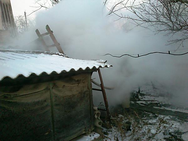 Под Волгоградом в хозпостройке сгорел 60-летний мужчина