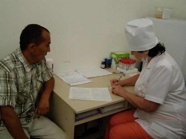 Мед. сотрудники пропустили вВолгоградскую область поток мигрантов без анализов наВИЧ