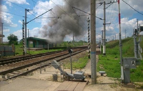 В Волгограде пожарные потушили огонь на железнодорожной станции