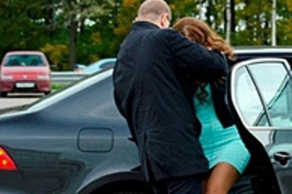 Думаем, ее в машину затолкали, - волгоградцы о страшных криках женщины