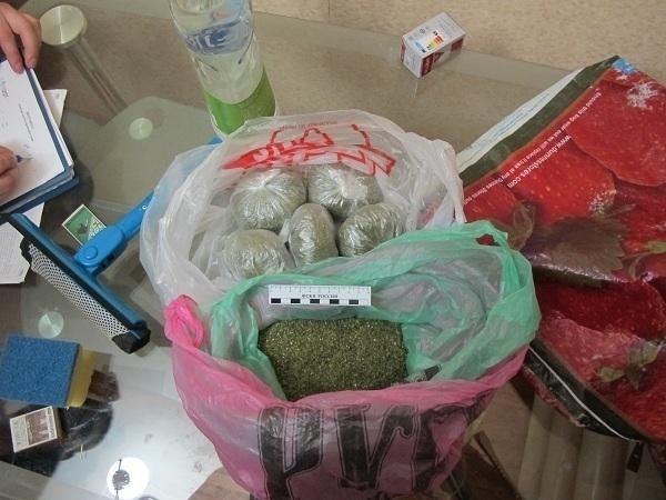 В Волгограде у наркоторговцев изъято несколько пакетов с марихуаной