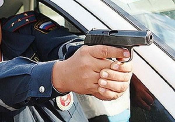 В Волжском на видео попала погоня полицейских за пьяным водителем