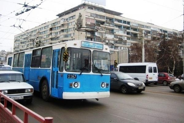 Троллейбусы 1 и 15А в Волгограде будут ходить только по будням
