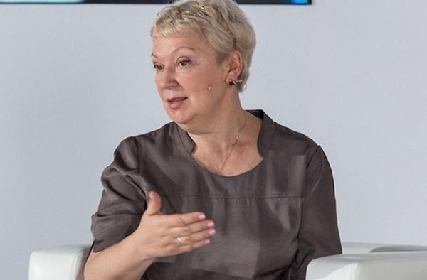 Министр образования инаукиРФ Ольга Васильева повстречалась с учителями вВолгограде