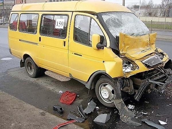 Водитель маршрутки, по чьей вине пострадало больше 10 человек, отправится под суд