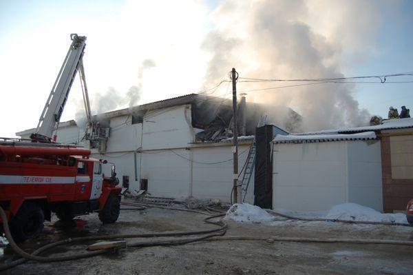 В городе-спутнике Волгограда у предпринимателя сожгли склад