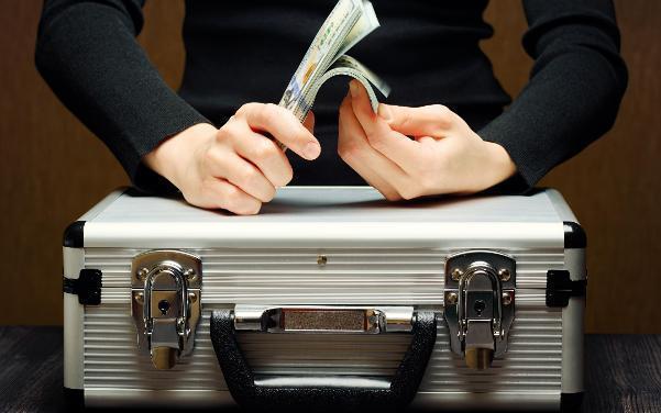 Волгоградская область отдала кредиторам 3 миллиарда рублей