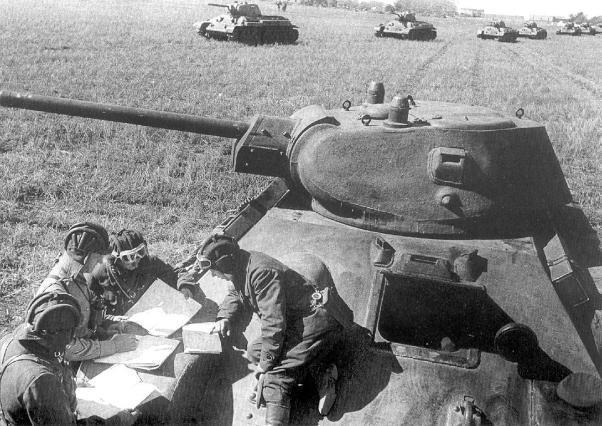 Вставай, страна огромная: народы СССР в борьбе против фашизма