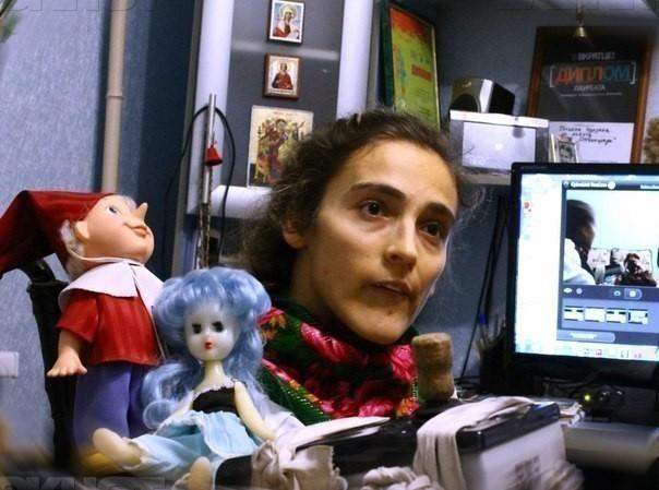 В Волжском девушка с ДЦП молит о джостике, чтобы дописать диплом и стать мультипликатором