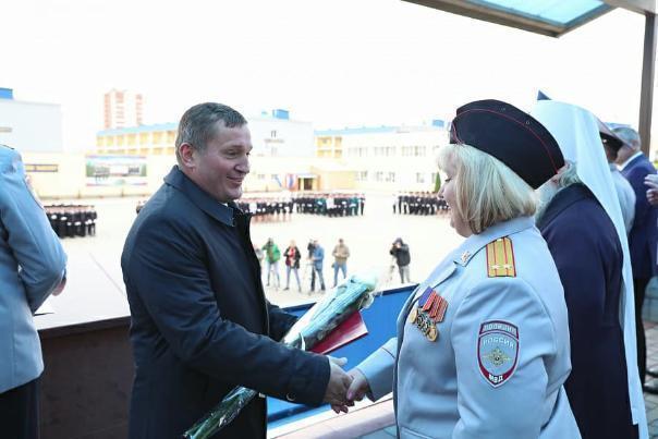 В Рязанском воздушно-десантном училище состарили волгоградского губернатора