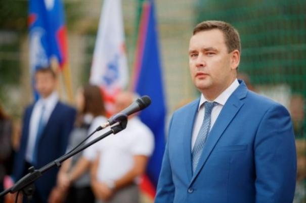 Волгоградский вице-губернатор по культуре продемонстрировал свою изрядно располневшую фигуру