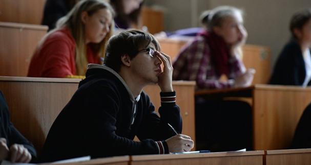 Стало известно, сколько стоит обучение в вузах Волгограда