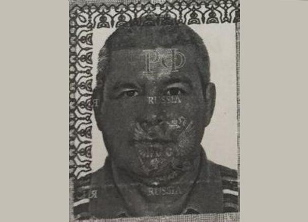 Мужчину в трусах и с татуировкой на плече разыскивают в Волгограде