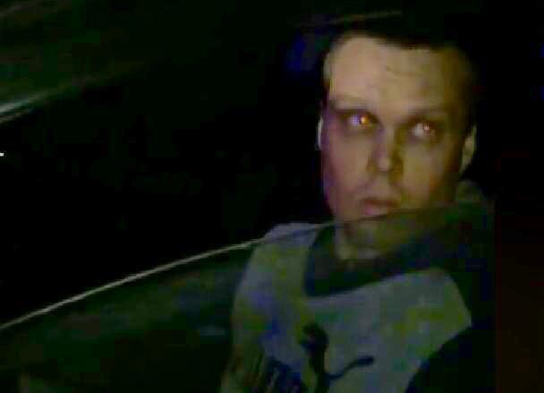 Противостояние неадекватного водителя и спешащей на вызов «скорой» сняли на видео в Волгограде