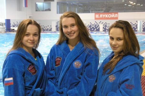 Трем красавицам-ватерполисткам из Волгограда присвоено звание мастеров спорта