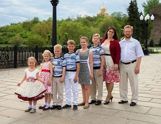 Владимир Путин наградил орденом семью из Волгограда