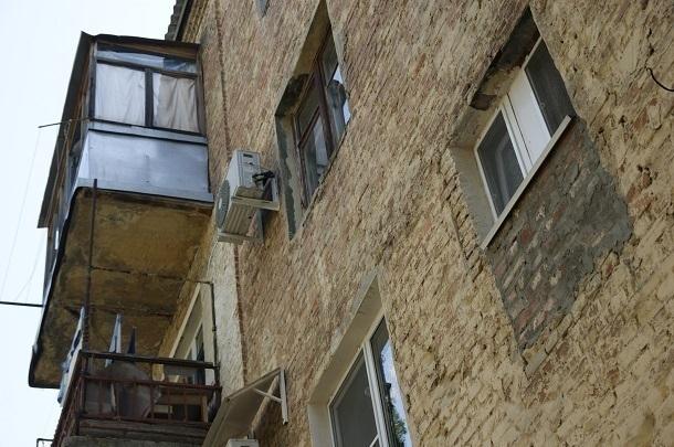 УКзаставила волгоградцев доделывать ремонт многоэтажки за собственный счет