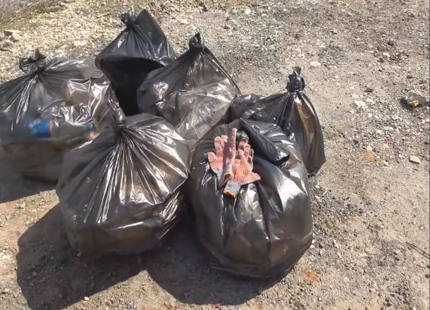 Импотенция коммунальных служб Волгограда: жители убирают мусор сами