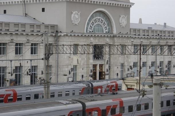 Силовики эвакуировали пассажиров поезда на вокзале Волгограда