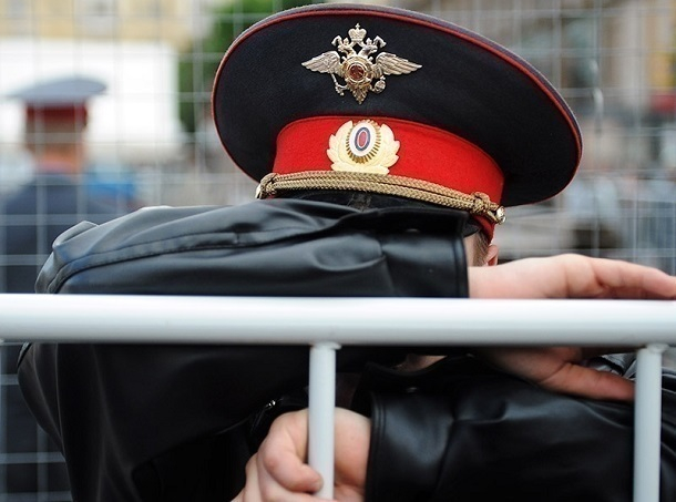 Двое волгоградских полицейских навымогали на 17 лет колонии строгого режима