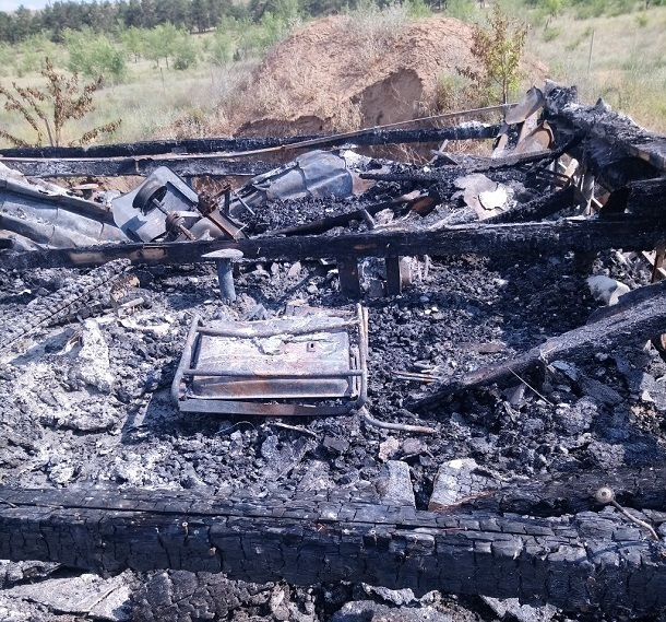 Дом многодетной семьи спалили дотла в Волгограде