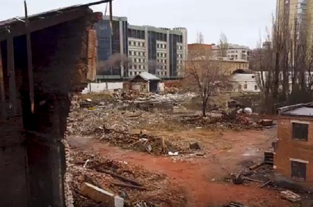 Квадрокоптер рассказал правду, которую скрывают высокие заборы Волгоградского ликеро-водочного завода