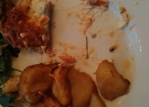 Волгоградка едва не съела вместе с мясом портновскую булавку