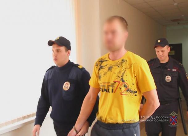 ОПГ лжегазовщиков из Волгоградской области напала на пенсионерку и забрала деньги