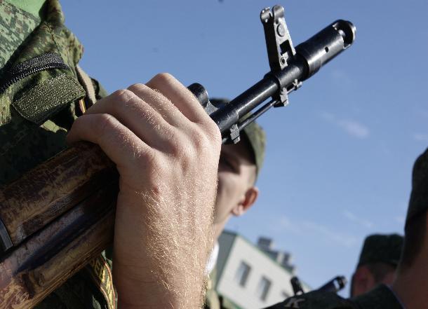 ВРостове сержант-контрактник получил 16 лет замошенничество иубийство