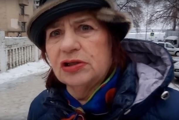 Зачем посыпать гололед:больница Волгограда «организовывает» себе пациентов прямо перед входом