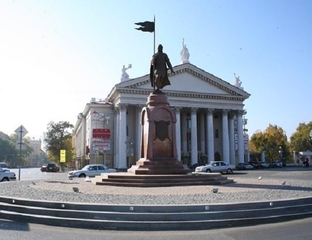 «Блокнот Волгограда» публикует список перекрытых на майские праздники дорог