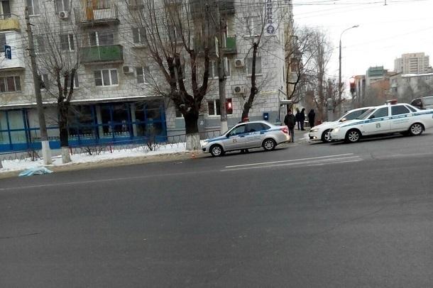 Вцентре Волгограда ранним утром насмерть сбили пожилую женщину