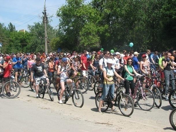 Спортсмены и любители собирают массовый велопарад в Волгограде