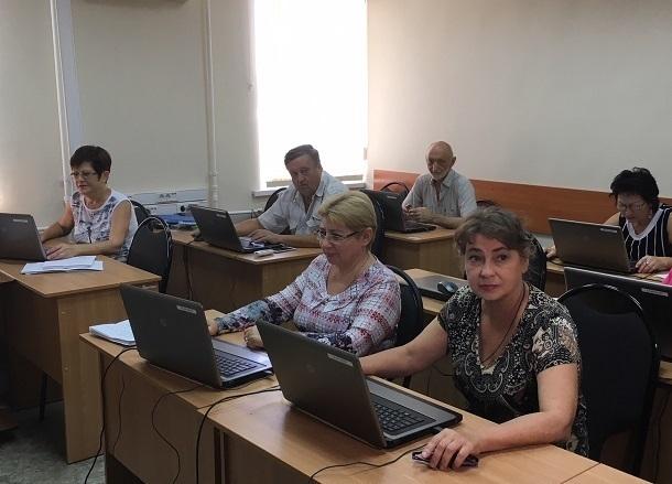 Власти Волгоградской области похвастались работающими пенсионерами