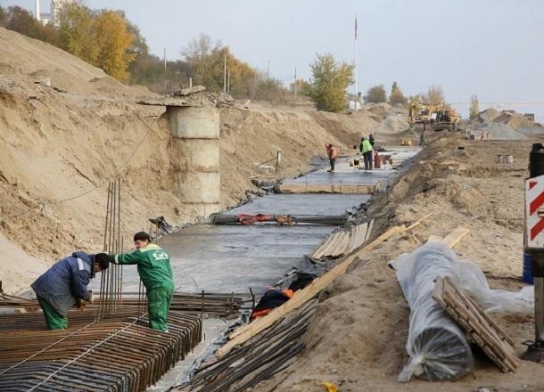 Нижнюю террасу набережной Волгограда закатали в бетон