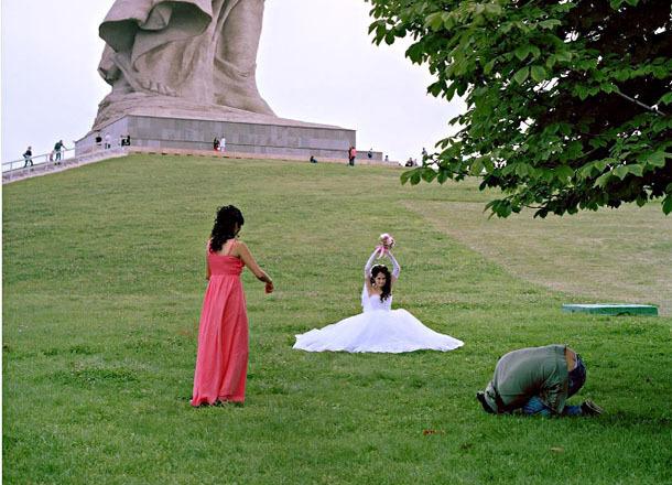 Голландский фотограф опозорил жителей Волгограда на весь мир