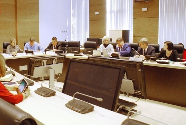 Депутаты Волгоградской облдумы решают, сколько денег пустить в 2019 году на здравоохранение