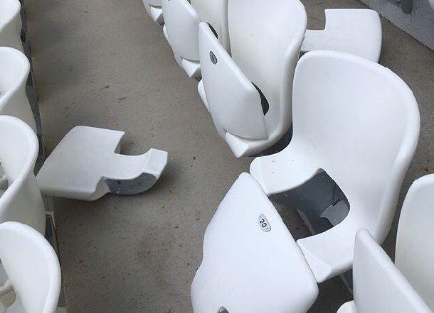 Вандалы умудрились сломать антивандальные сиденья на первом матче на «Волгоград Арене»