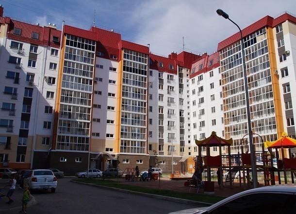 Женщина выпала из окна 16-этажного дома на Семи ветрах в Волгограде