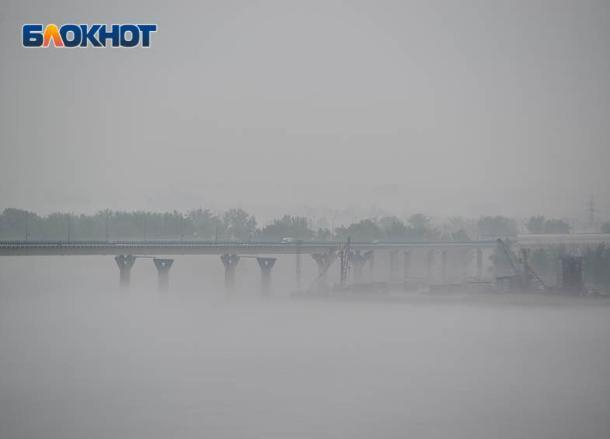 Волгоградский фотограф запечатлел утренний туман над Волгой