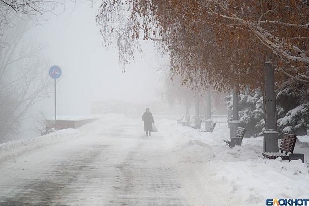 Ужасной силы ветер обрушился на Волгоград