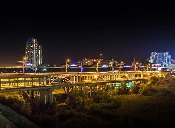 Волгоградцы ищут пропавшую без вести подсветку Астраханского моста