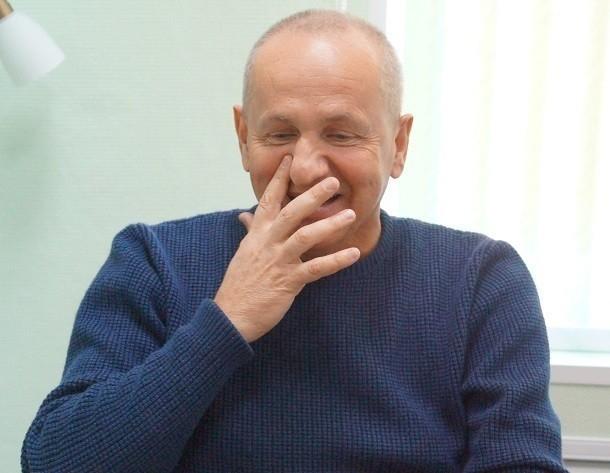 Считающий бальные танцы гомосексуальной деятельностью волгоградский чиновник отмечает день рождения